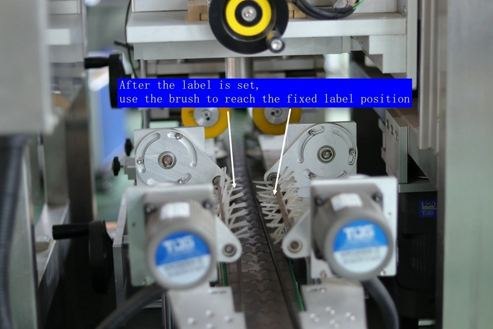 Automatický štítkovací stroj na uzatváranie uzáverov hrdiel