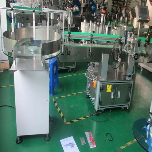 Tu sú konečné produkty strojov pripravené na odoslanie