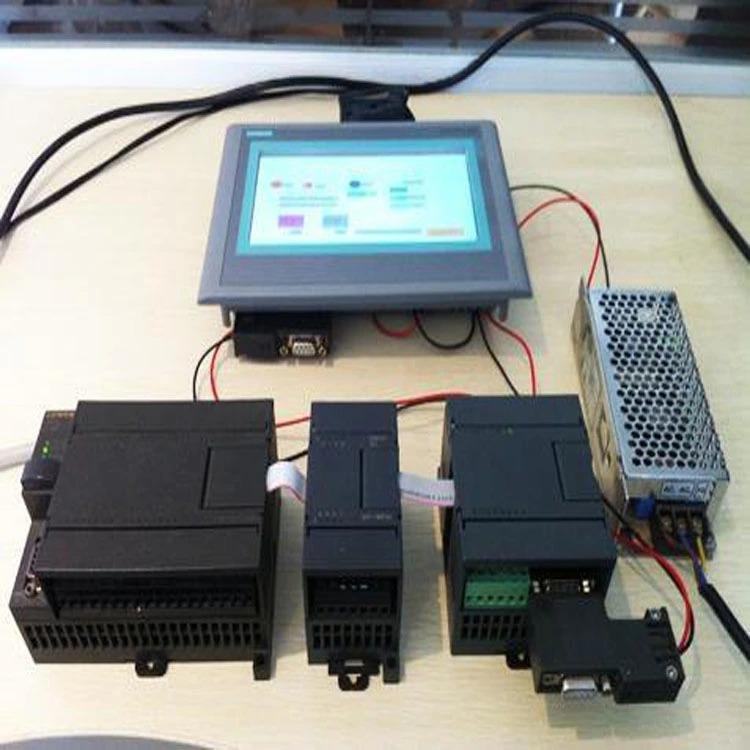 PLC a dotyková obrazovka